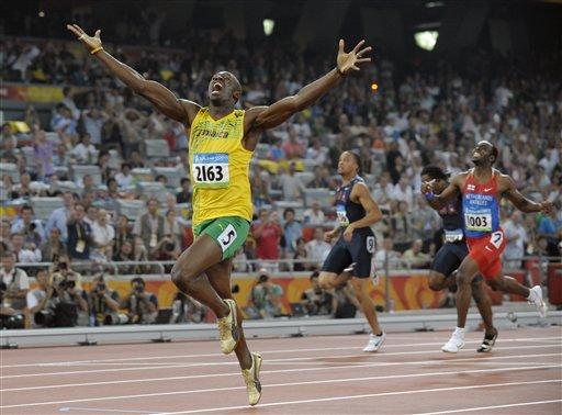 Rogge synes Bolt feirer for mye