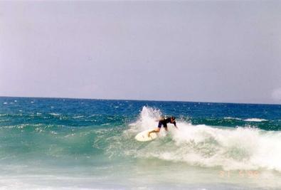De som rir på bølgene