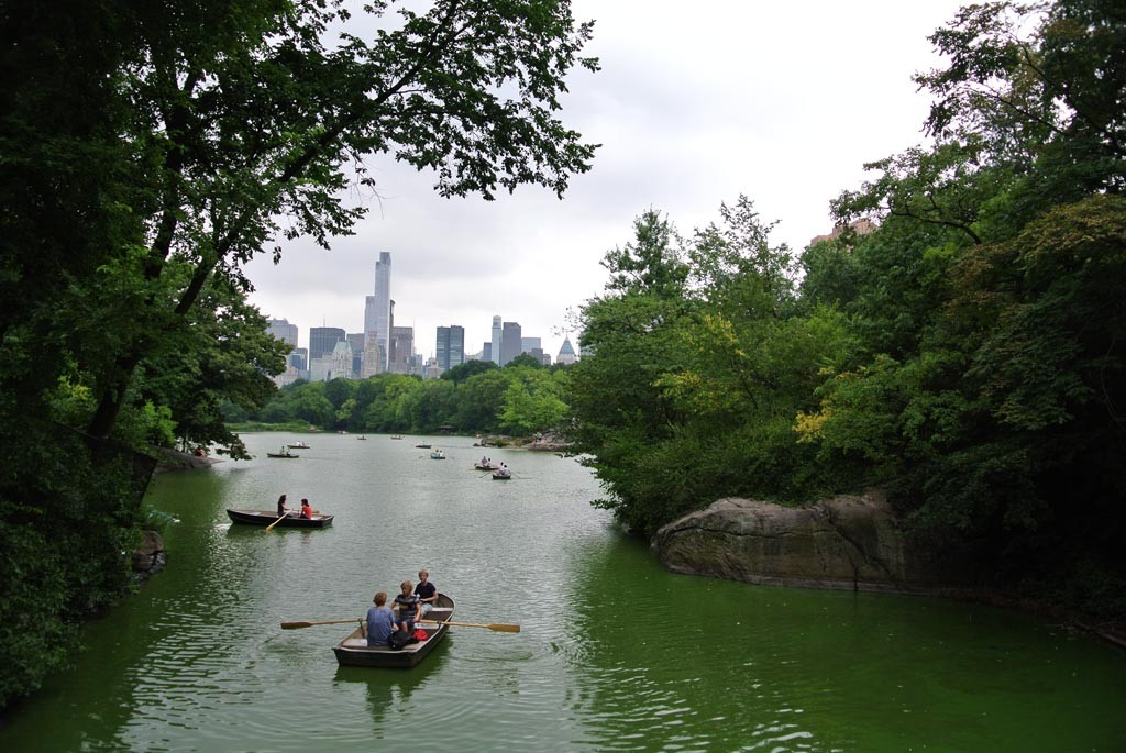 Manhattan Central park boats